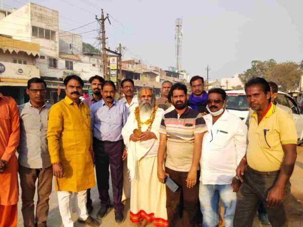 बड़ी खबर: दिल्ली के किसान आंदोलन का छत्तीसगढ़ में कोई प्रभाव नहीं यहाँ के किसान खुश : – महंत रामसुंदर दास