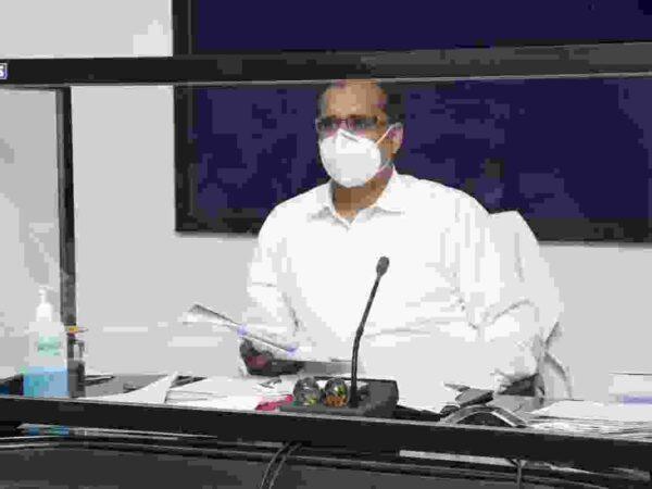 चपले में शुरू होने जा रहा है 50 ऑक्सीजन बेड युक्त कोविड केयर सेंटर ,जिला अस्पताल रायगढ़ में शुरू होगी पोस्ट कोविड ओपीडी